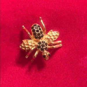 Antique fly emerald stones brooch